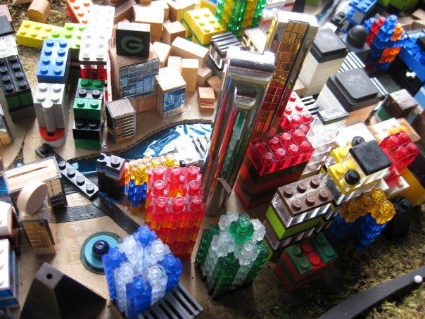 Rojas city-building pieces